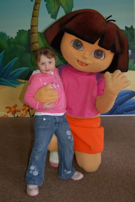 Meeting Dora the Explorer at Gulliver Kingdom Matlock Bath