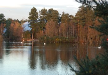 Sherwood Forest Center Parcs, Village Centre over Lake