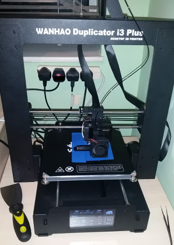 Wanhao i3Plus 3D printer